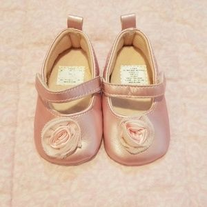Other - 👶💜Baby girl shoes💜size 3-6 months💜👶